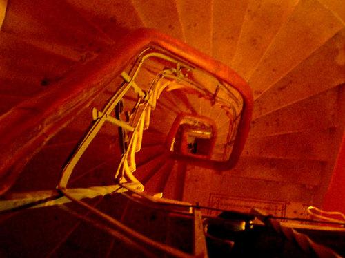 46-2. spiral stair